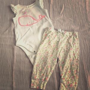 Set of 2 Baby Gap big Whale/Floral Matching Set